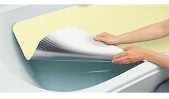 お風呂の保温シートを使用する