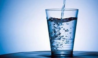 1日につき7.6リットルまで水が無料でもらえる